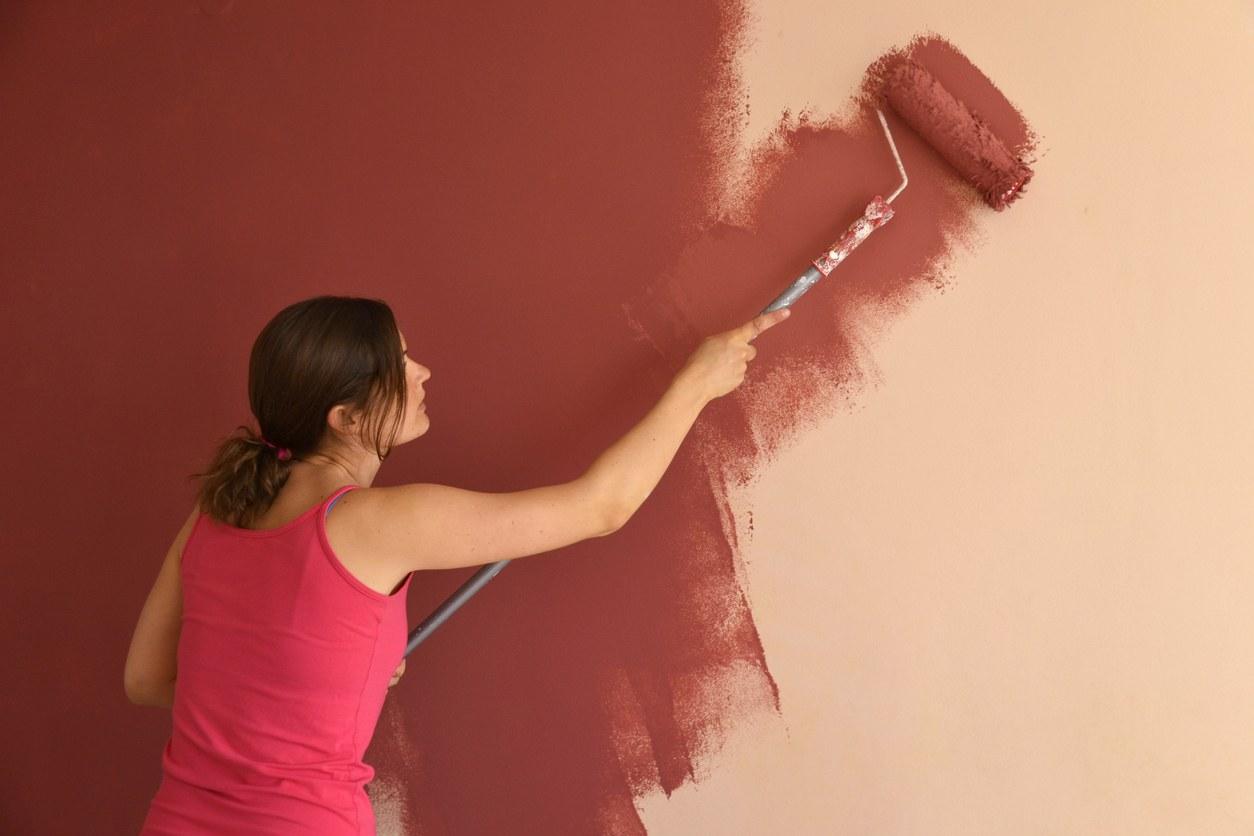 mujeres pintando