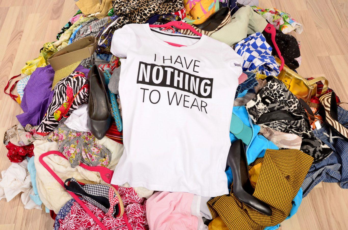 desorden ropa
