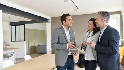 agente-inmobiliario-exitoso
