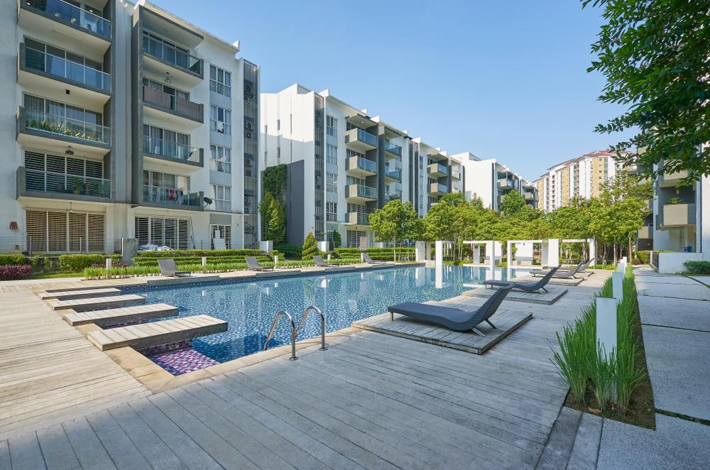 Zona social piscina proyecto apartamentos