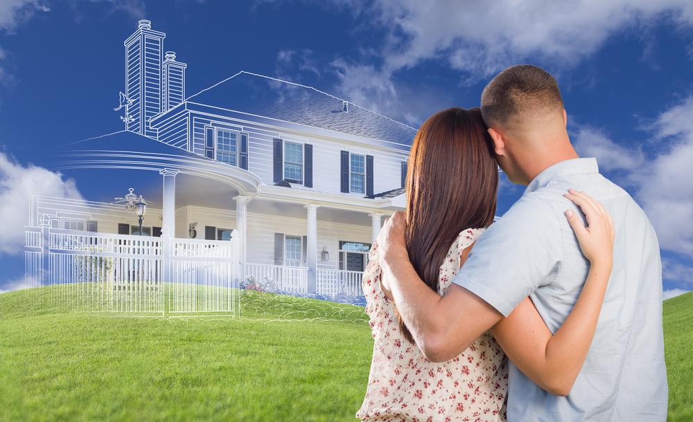 pareja pensando en comprar casa