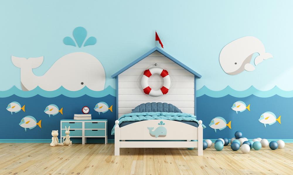 habitación azul con ballenas