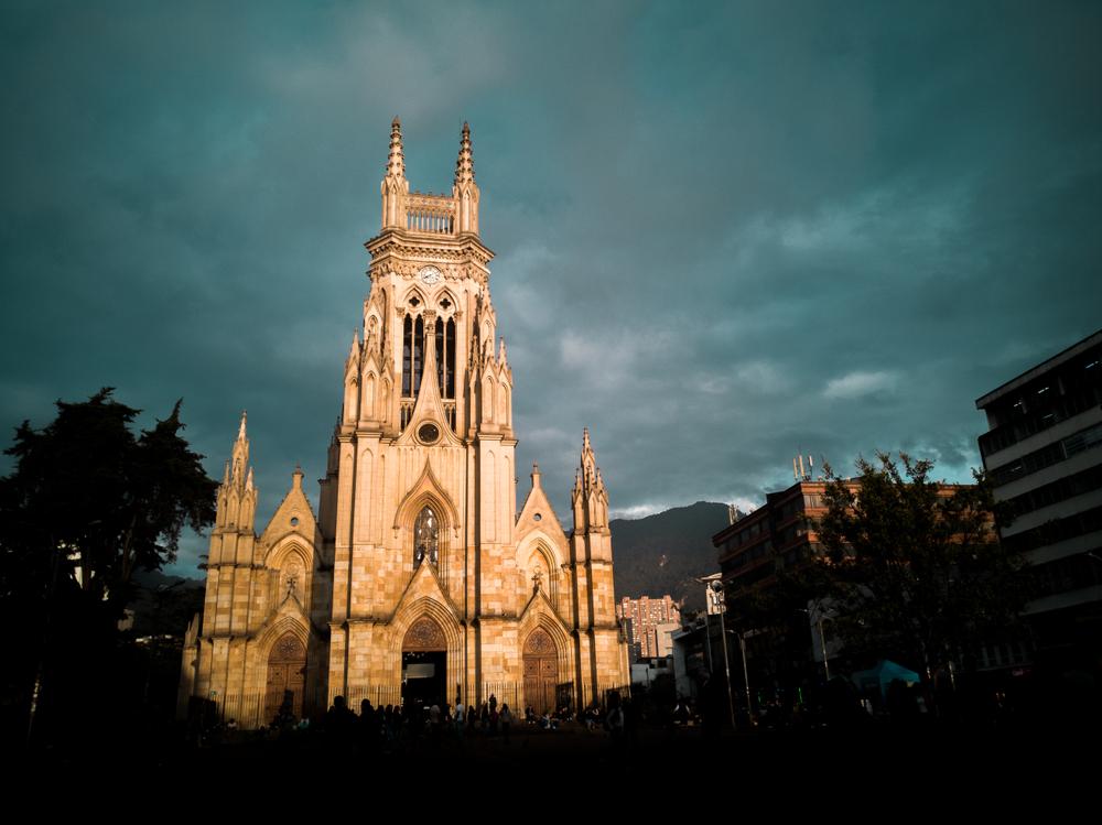 Foto plano abierto de iglesia en Chapinero