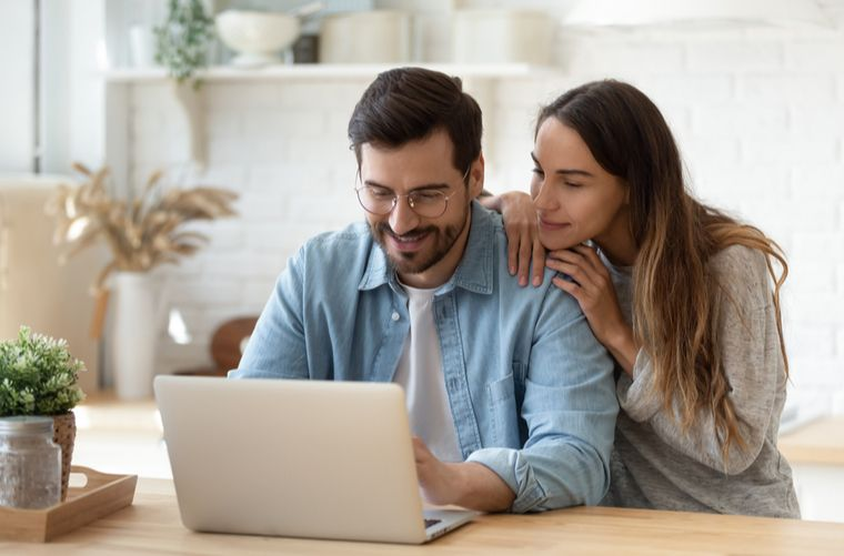comprar o arrendar vivienda desde el exterior